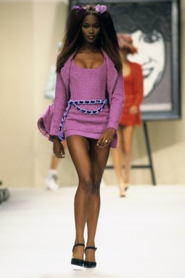 CHANEL-SPRING-1994-RTW-09-NAOMI-CAMPBELL